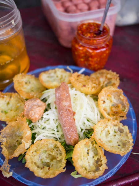 Banh Can & Nem, Delicious Little Fritters