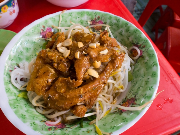 Bún Thịt Nướng. Barbequed Pork, Peanut Sauce and Rice Noodles, need to say anymore?